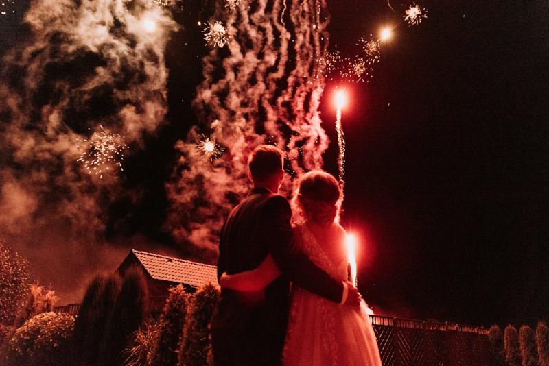 Fajerwerki na ślubie